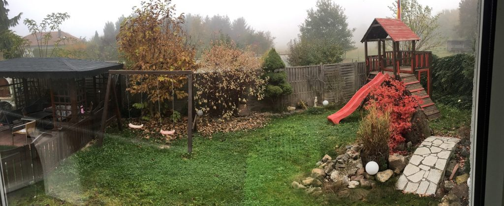 Garten im Herbst Panorama