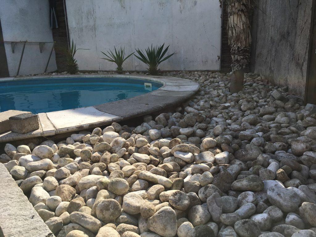 Dekosteine im Garten
